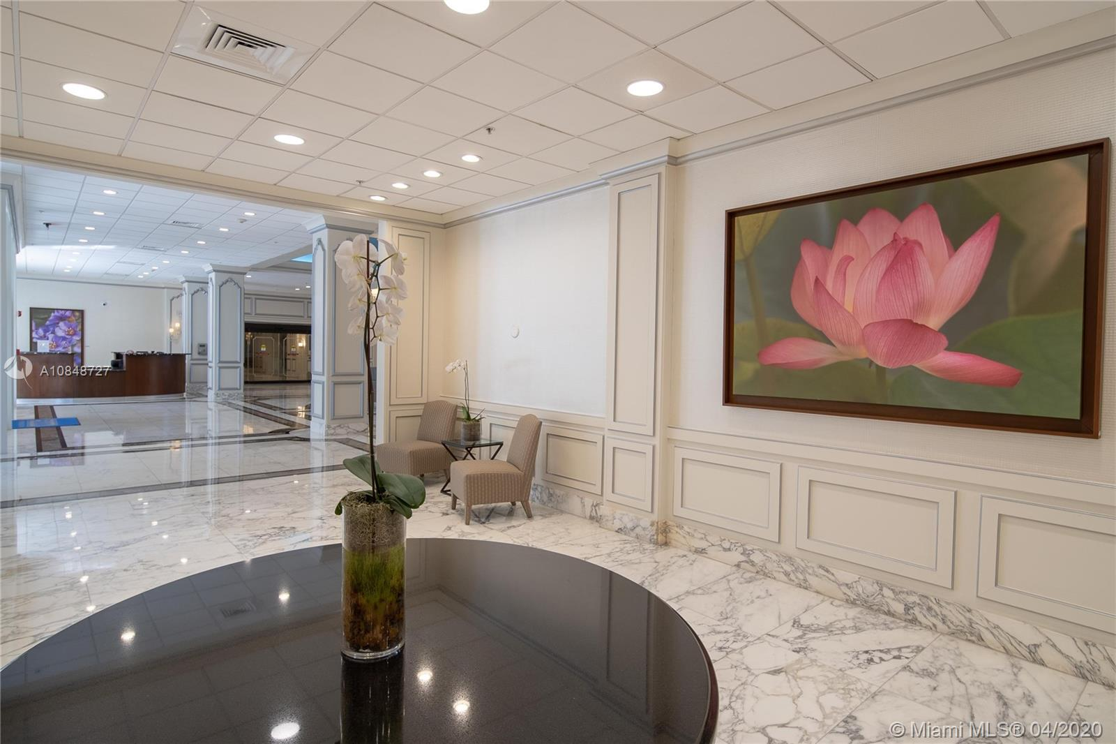 5600 Collins Ave #10R photo09