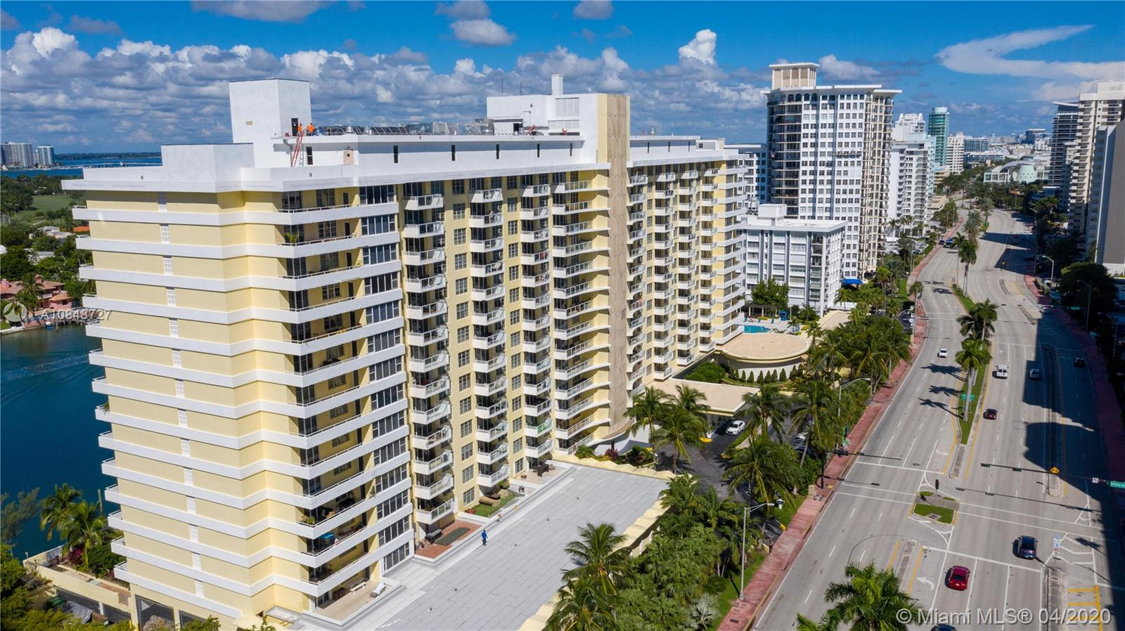 5600 Collins Ave #10R photo031
