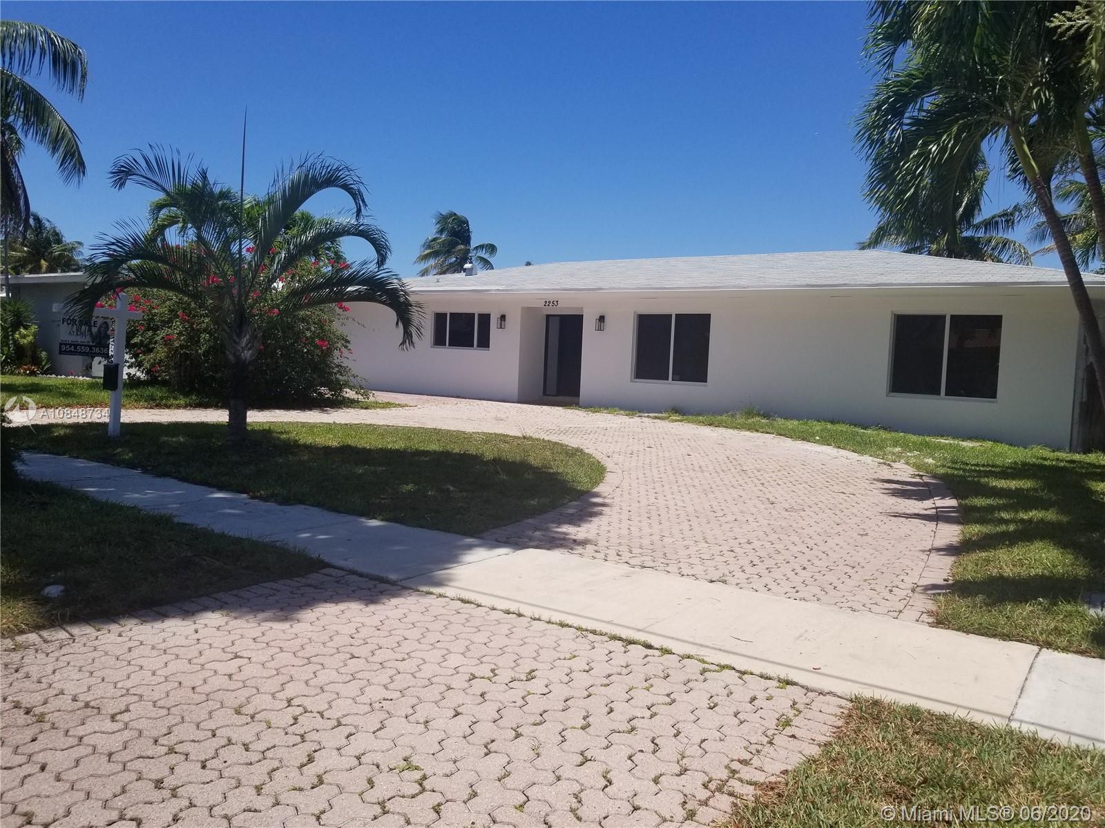 North Miami Beach - 2253 Bayview Ln, North Miami, FL 33181