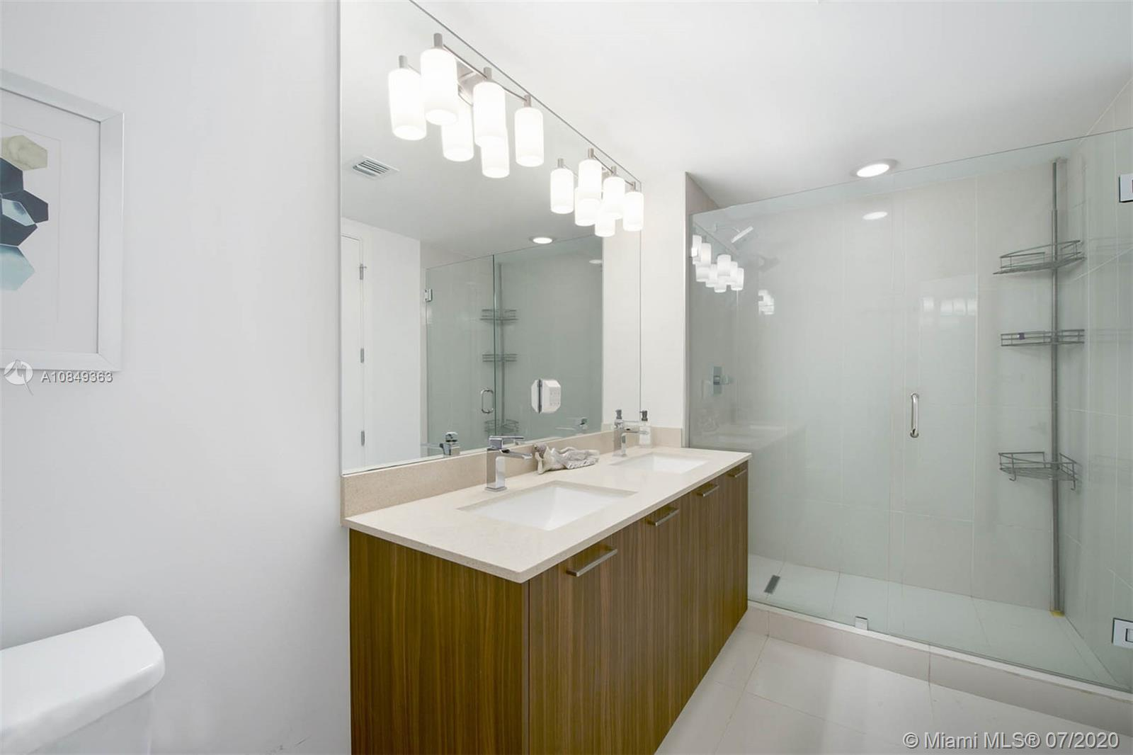 5252 NW 85th Ave #1001 photo09