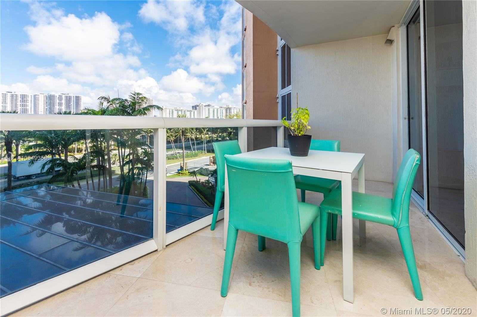 18911 Collins Ave #504 photo018