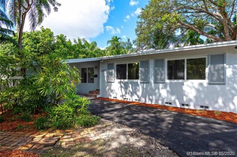 Property for sale at 6831 SW 76th Ter, South Miami,  Florida 33143