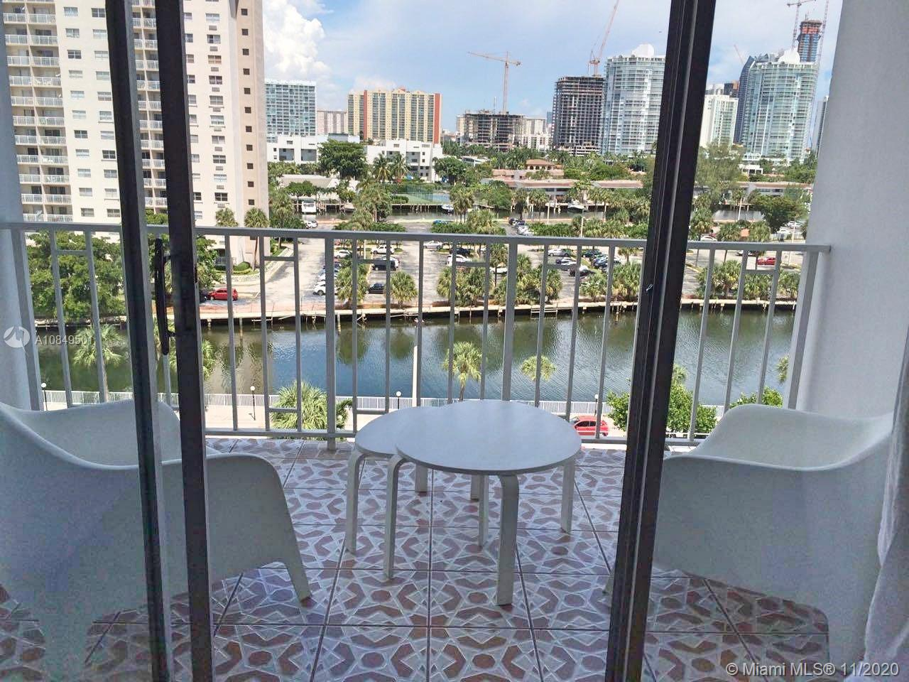 500 Bayview Dr # 725, Sunny Isles Beach, Florida 33160, 1 Bedroom Bedrooms, ,2 BathroomsBathrooms,Residential,For Sale,500 Bayview Dr # 725,A10849501