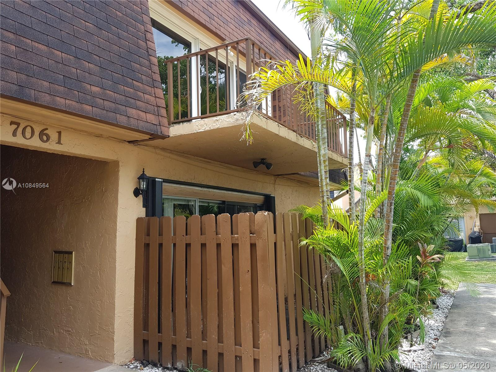 7061 W Sunrise Blvd # B2, Plantation, Florida 33313, 2 Bedrooms Bedrooms, ,1 BathroomBathrooms,Residential,For Sale,7061 W Sunrise Blvd # B2,A10849564