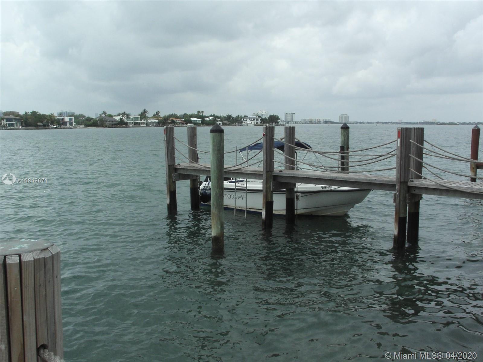 1550 Stillwater Dr photo010