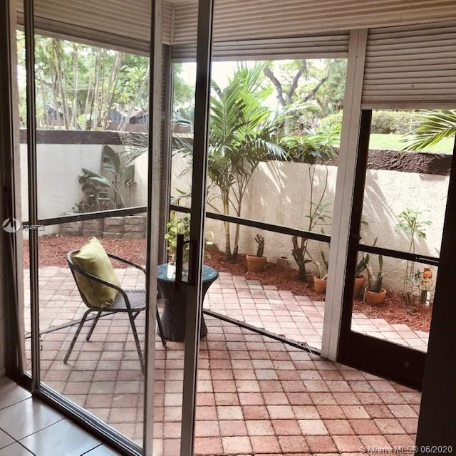 7100 NW 17th St # 103, Plantation, Florida 33313, 2 Bedrooms Bedrooms, ,2 BathroomsBathrooms,Residential,For Sale,7100 NW 17th St # 103,A10849728