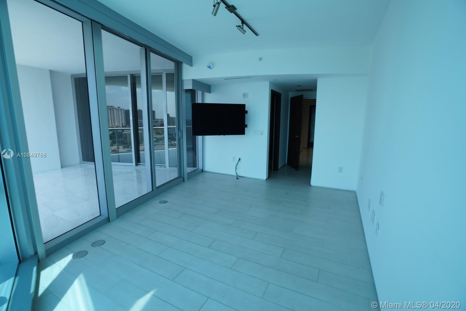 17121 Collins Ave #1104 photo056