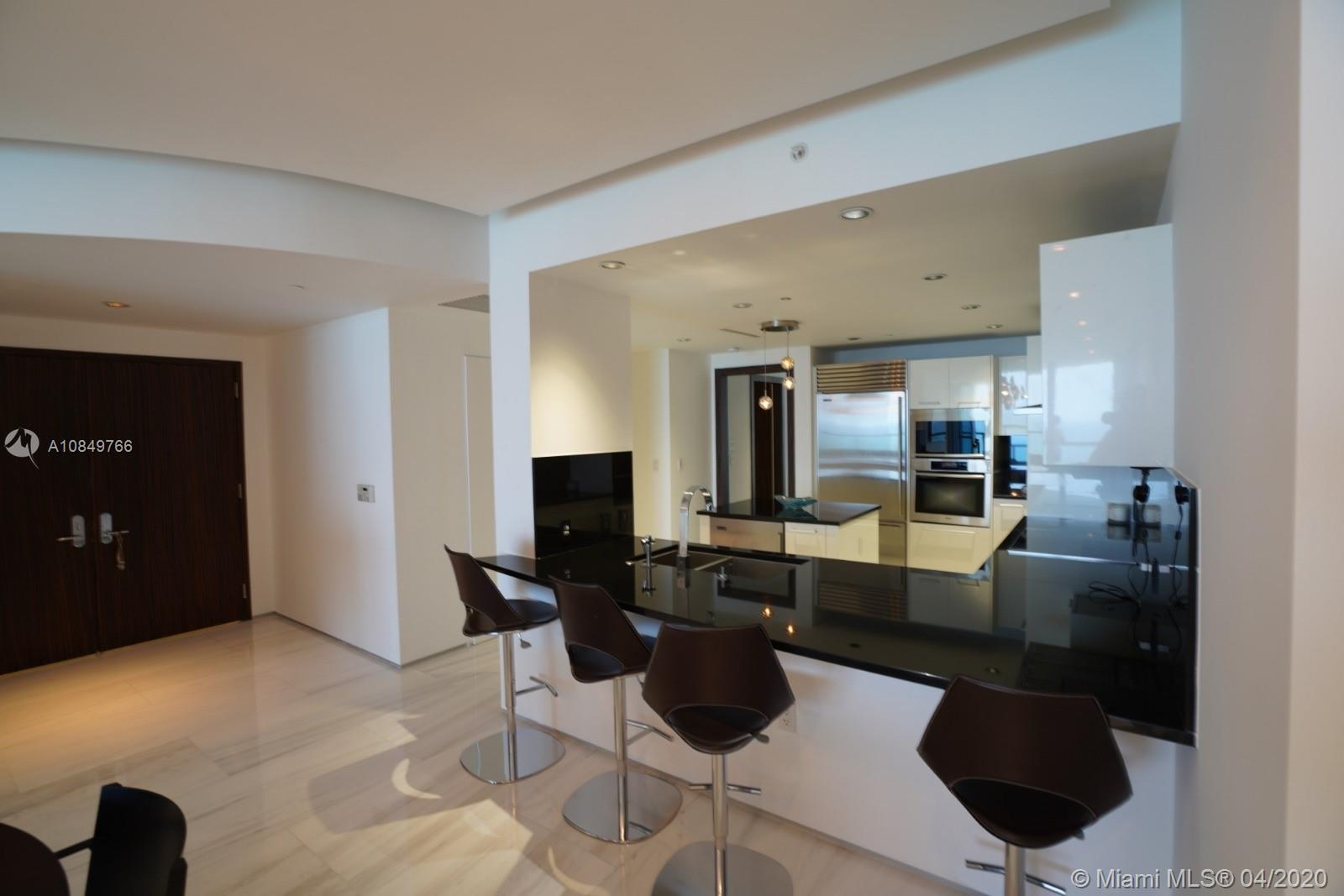 17121 Collins Ave #1104 photo028
