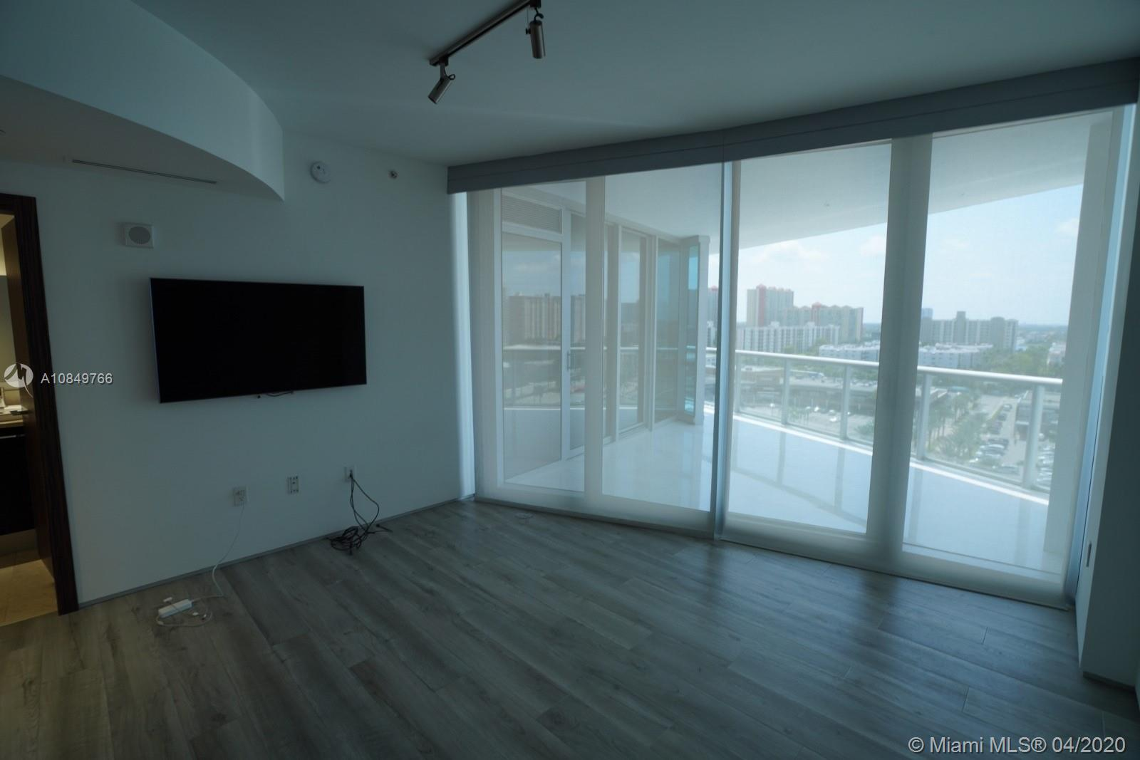 17121 Collins Ave #1104 photo045