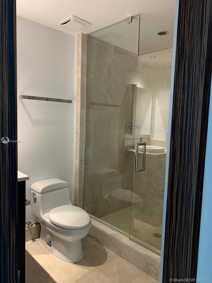 17121 Collins Ave #1104 photo058