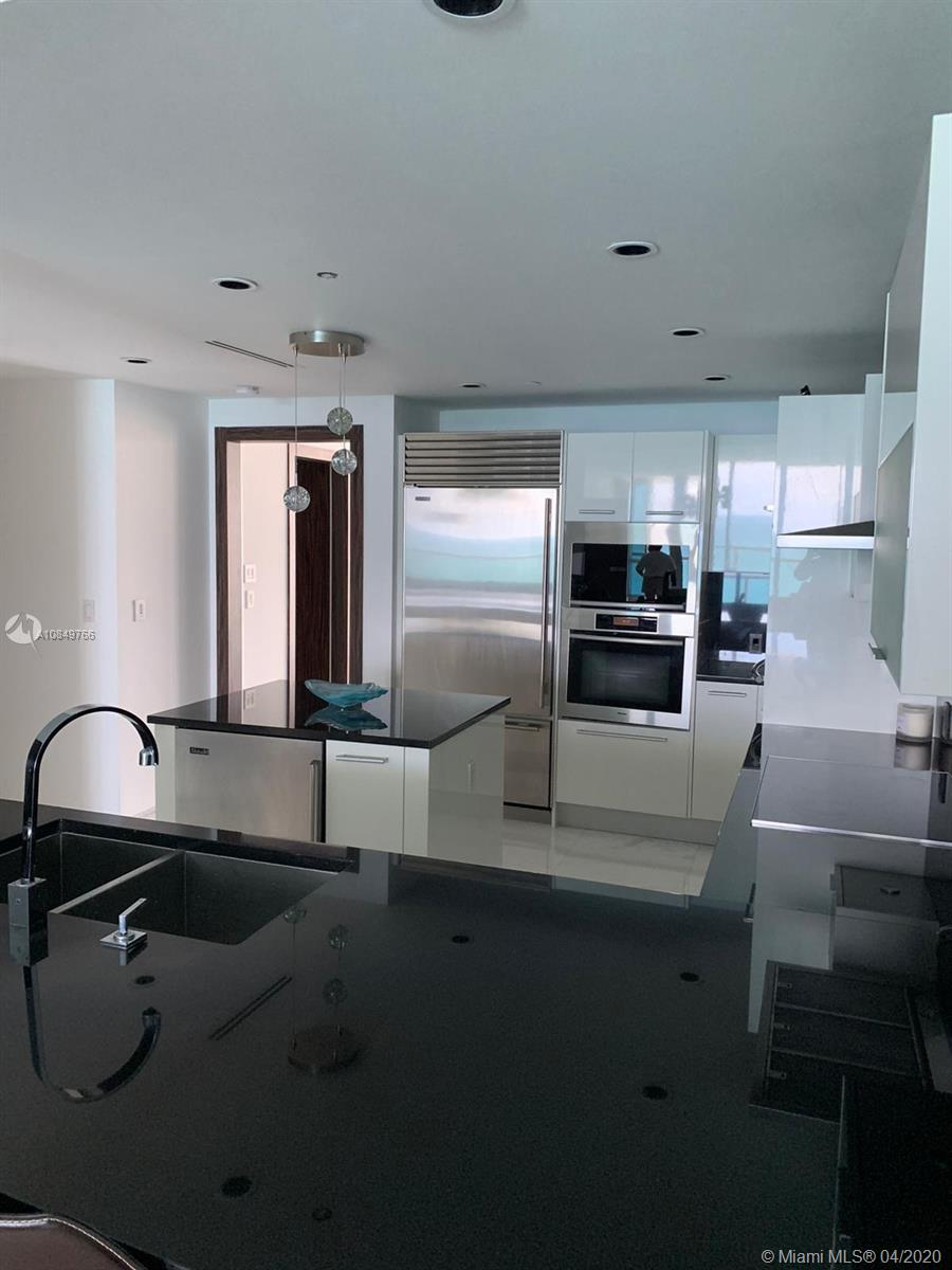 17121 Collins Ave #1104 photo025