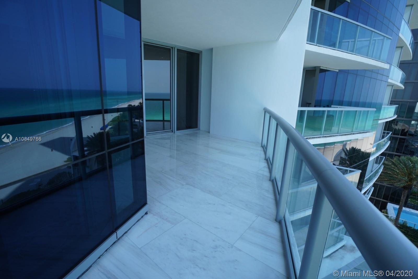 17121 Collins Ave #1104 photo021