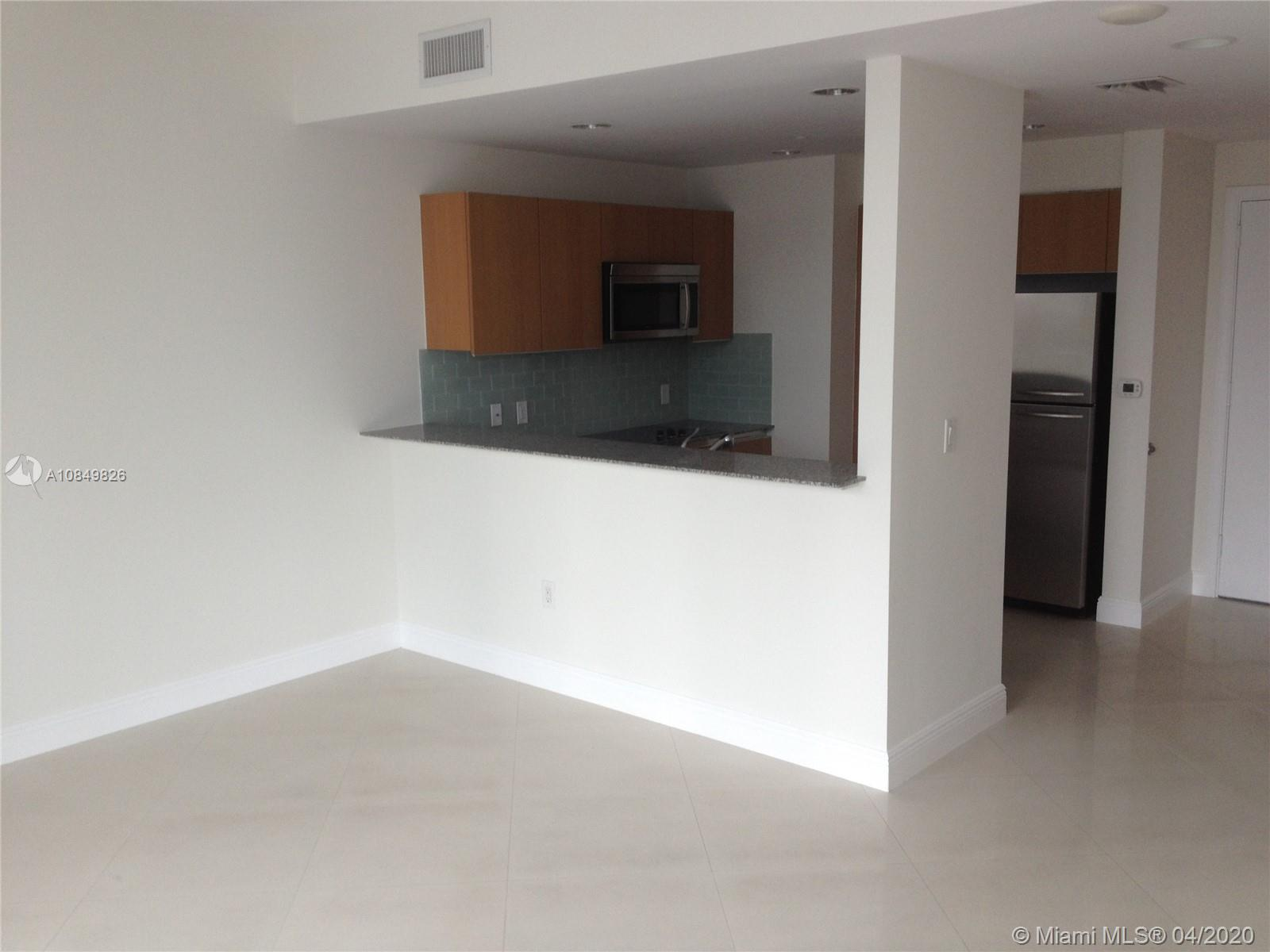 1060 Brickell Ave #1509 photo02