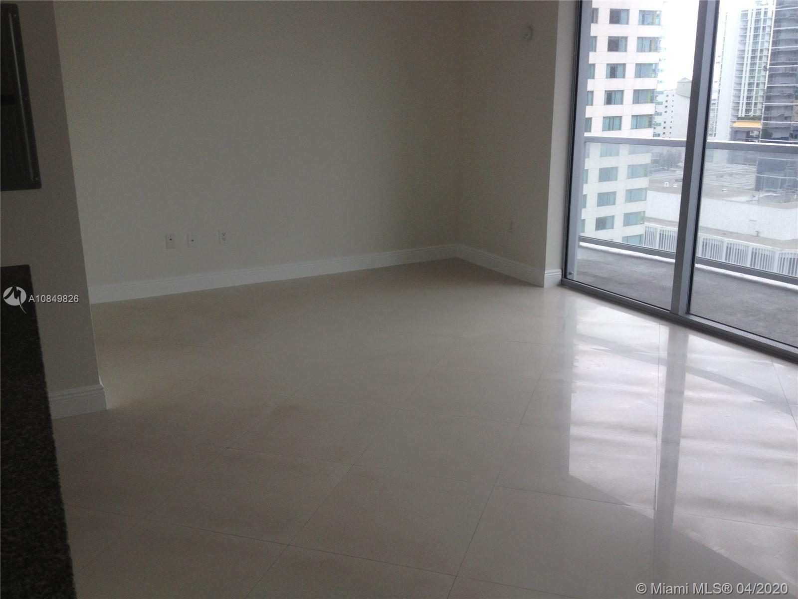 1060 Brickell Ave #1509 photo06