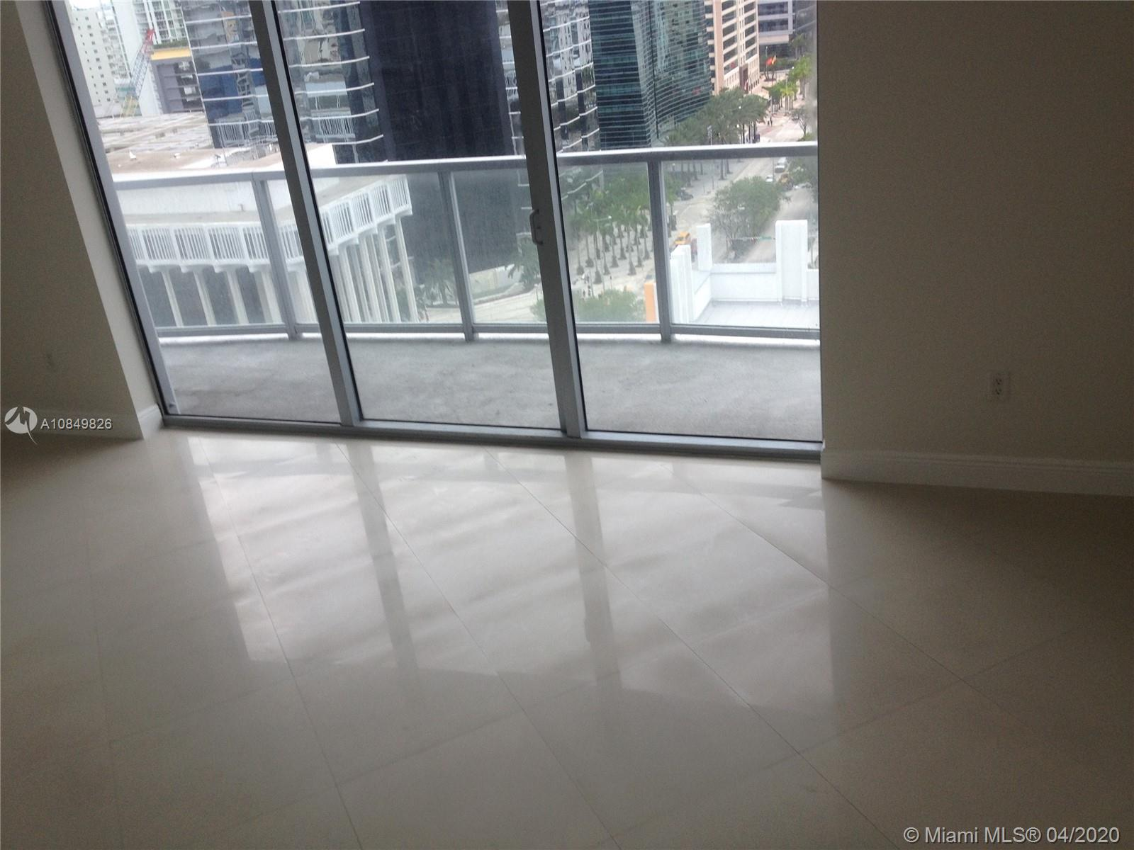 1060 Brickell Ave #1509 photo011