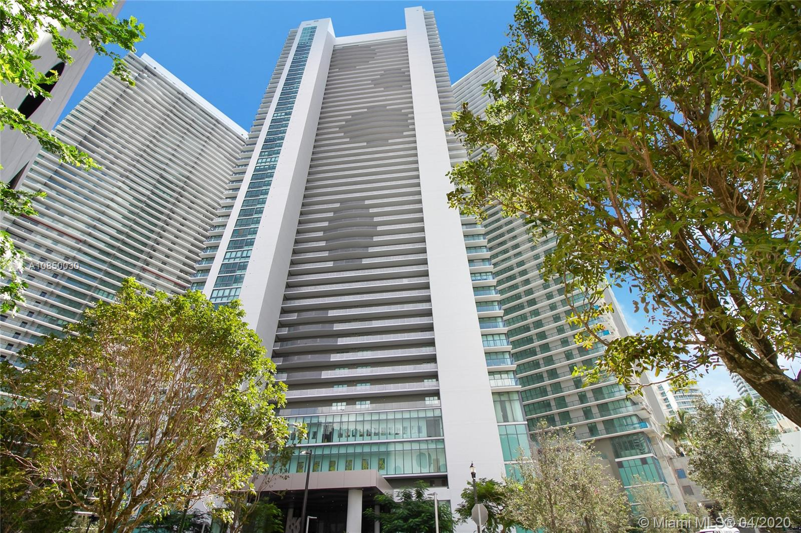 Photo of 650 NE 32nd St #4901 listing for Sale