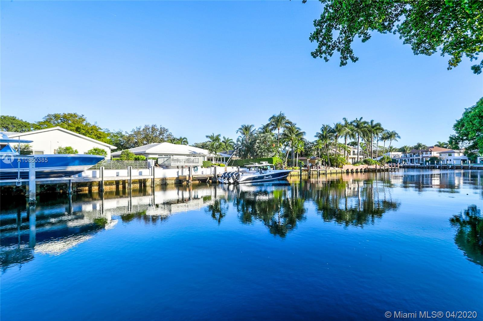 image #1 of property, Bay Colony