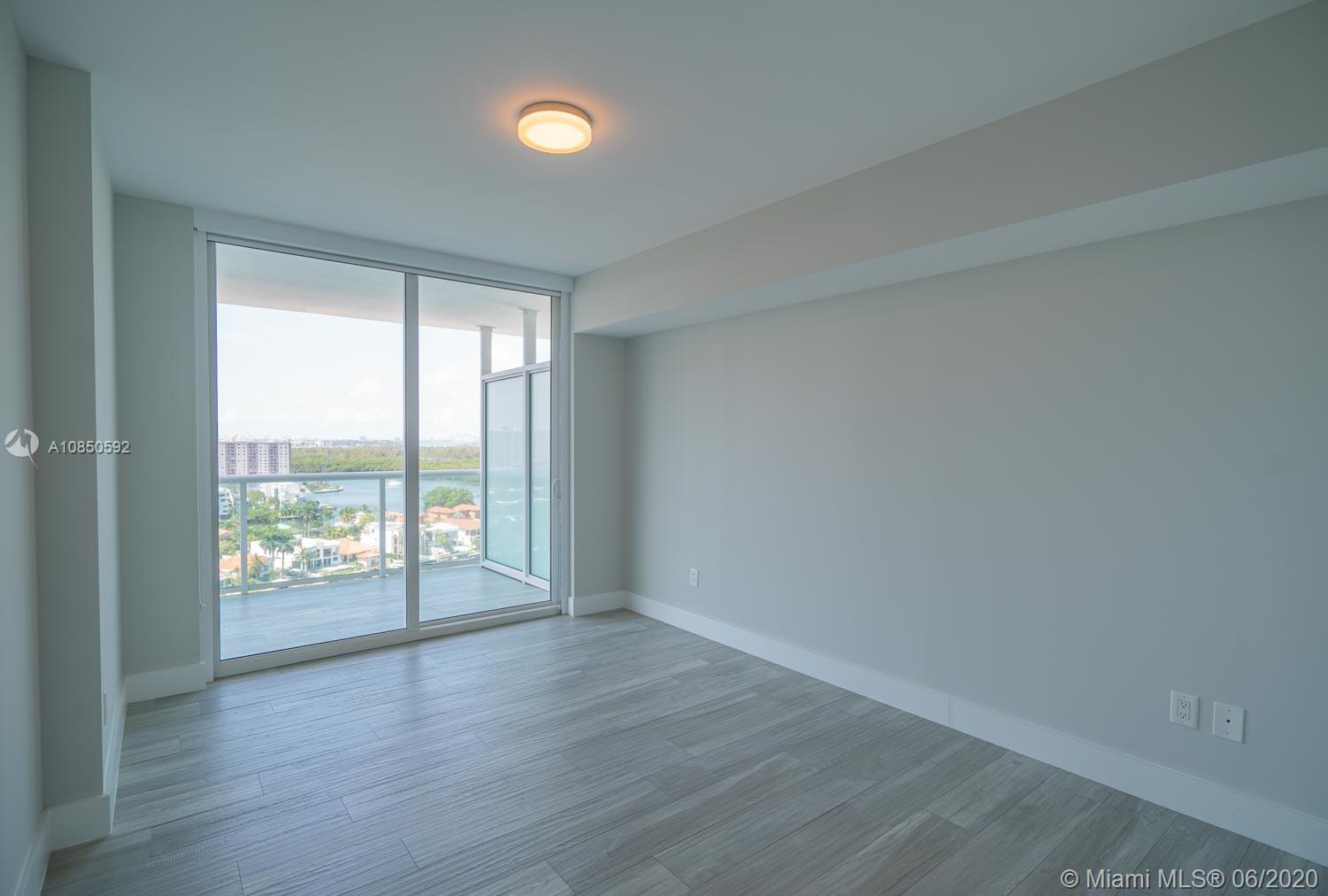 400 Sunny Isles Blvd #1721 photo022