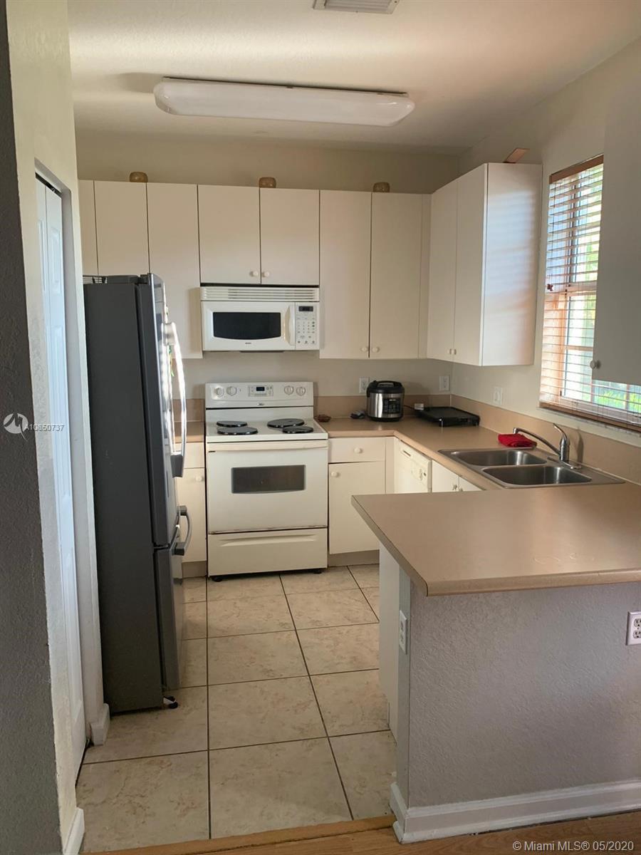 624 NE 21st Ter, Homestead, Florida 33033, 3 Bedrooms Bedrooms, ,3 BathroomsBathrooms,Residential,For Sale,624 NE 21st Ter,A10850737
