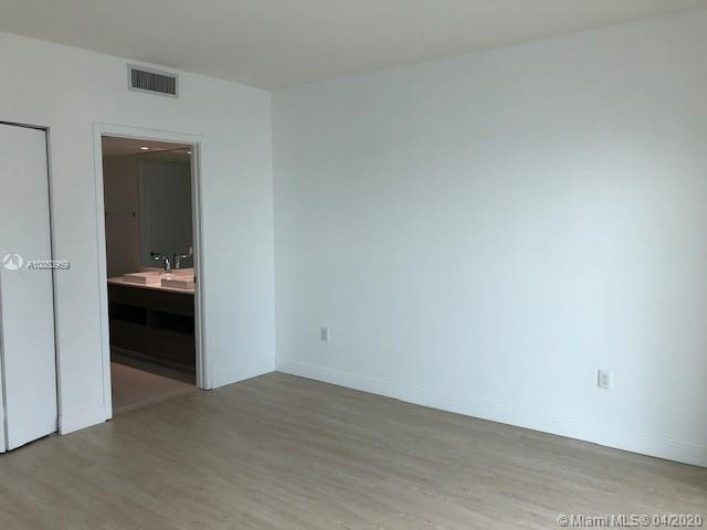 1100 S Miami Ave #1703 photo05