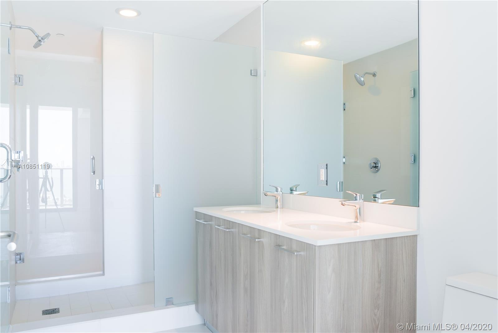 Photo of 501 NE 31 st #2104 listing for Sale