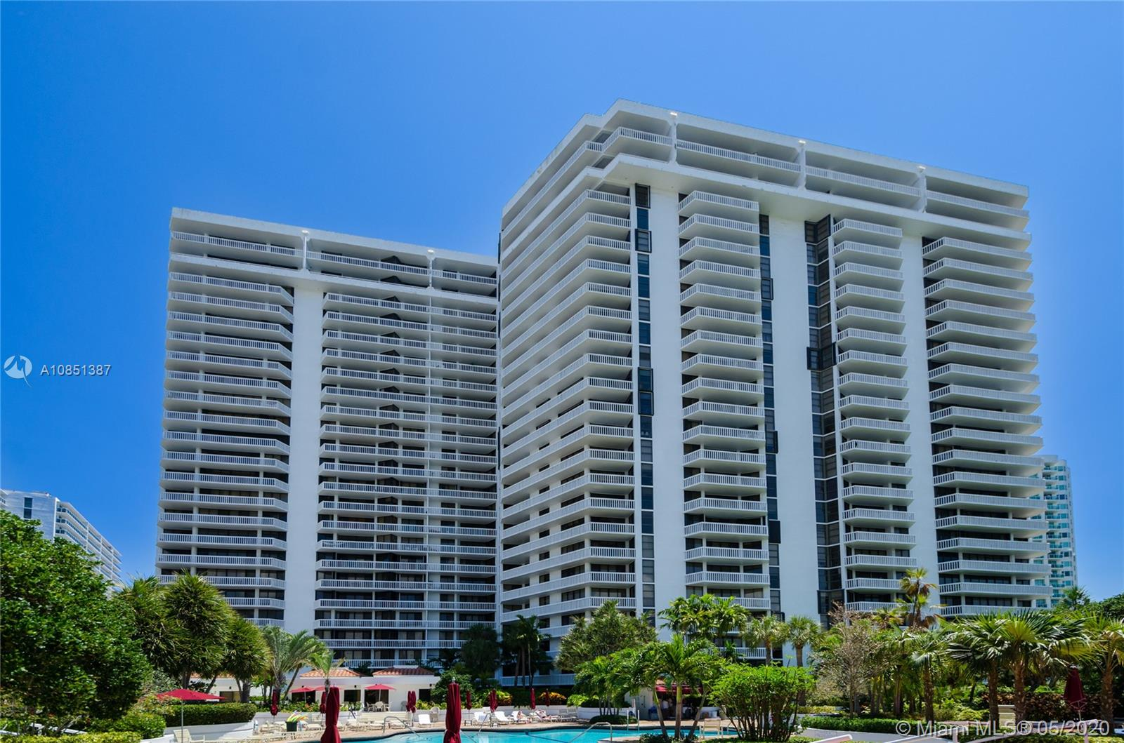 Photo of 20281 E Country Club Dr #2109 listing for Sale