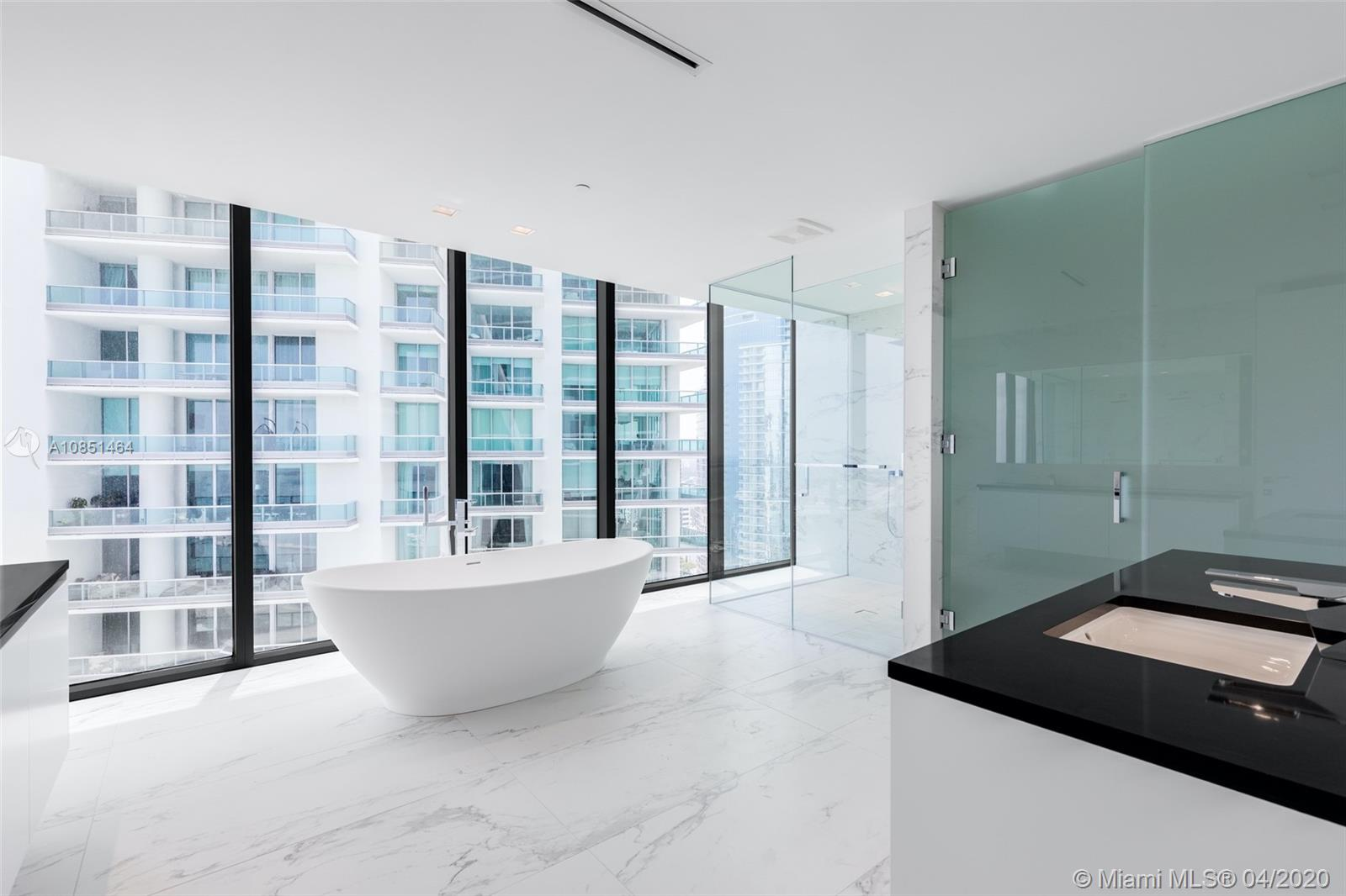1000 Biscayne Blvd #4201 photo07