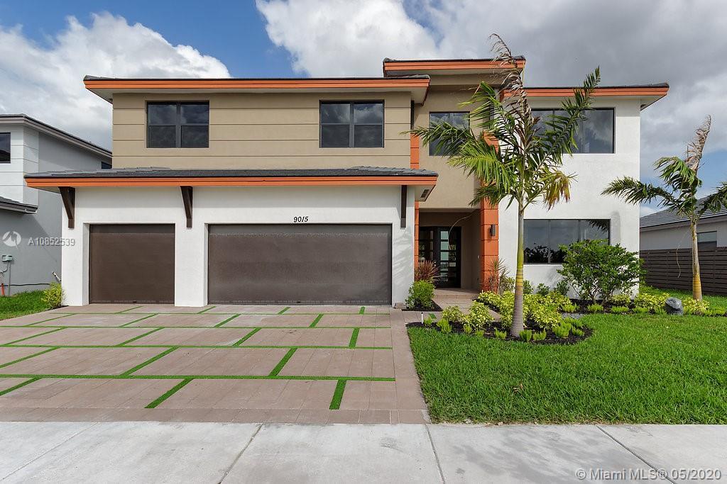 Miami Lakes - 9015 NW 161st Ter, Miami Lakes, FL 33018