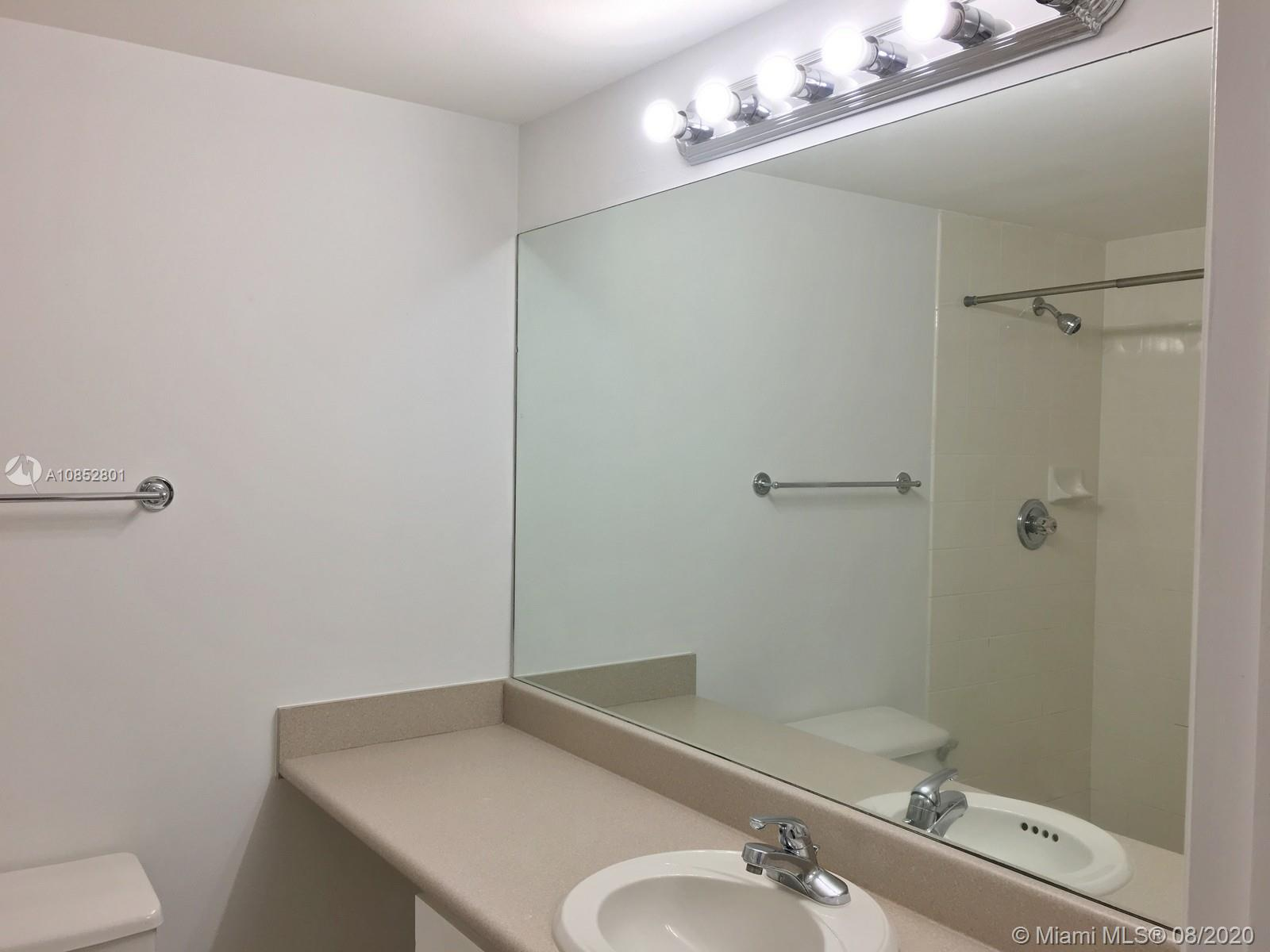 701 Brickell Key Blvd #1106 photo043
