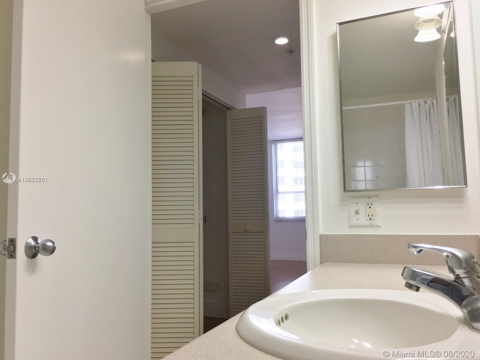701 Brickell Key Blvd #1106 photo053