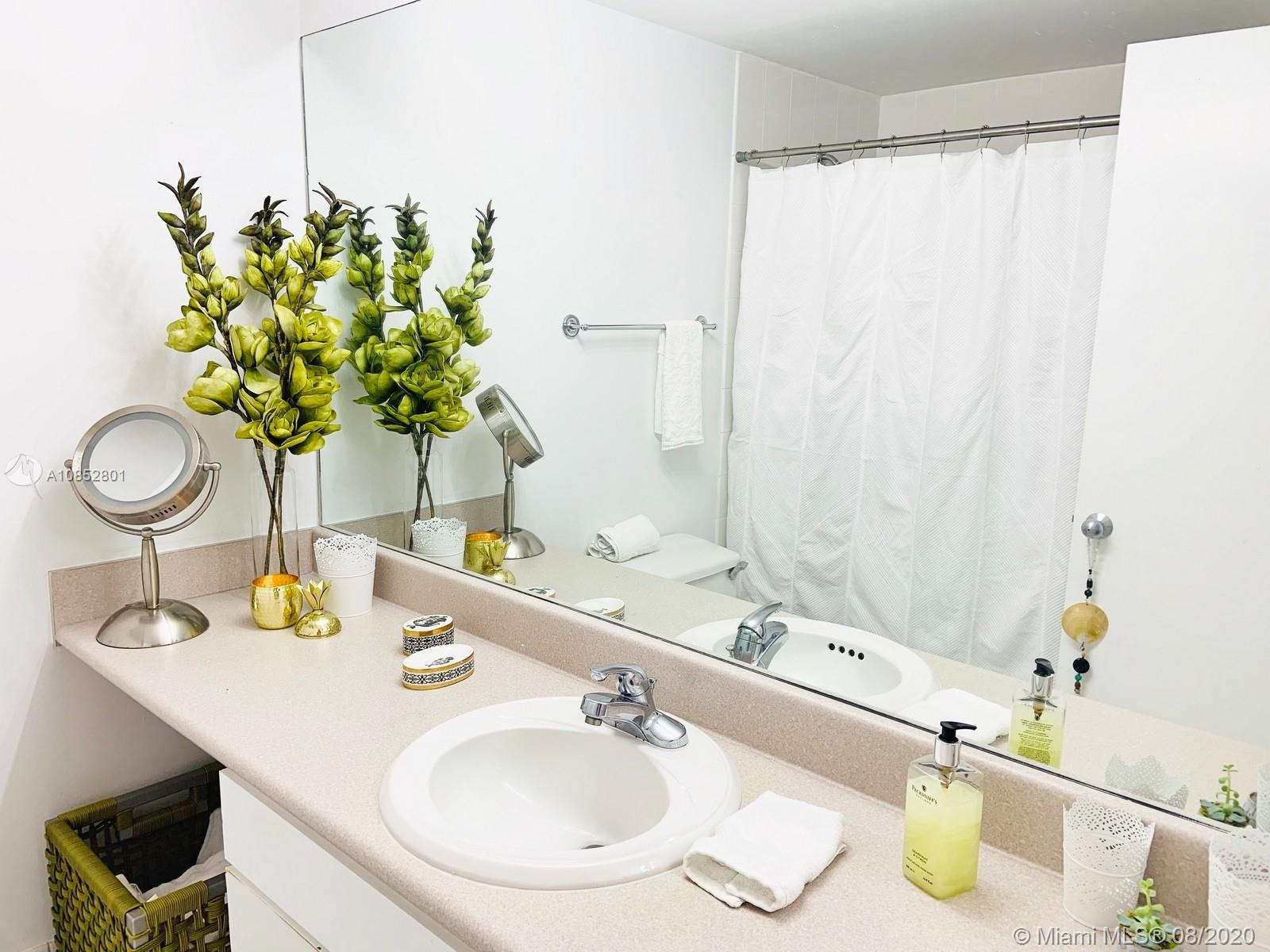 701 Brickell Key Blvd #1106 photo025