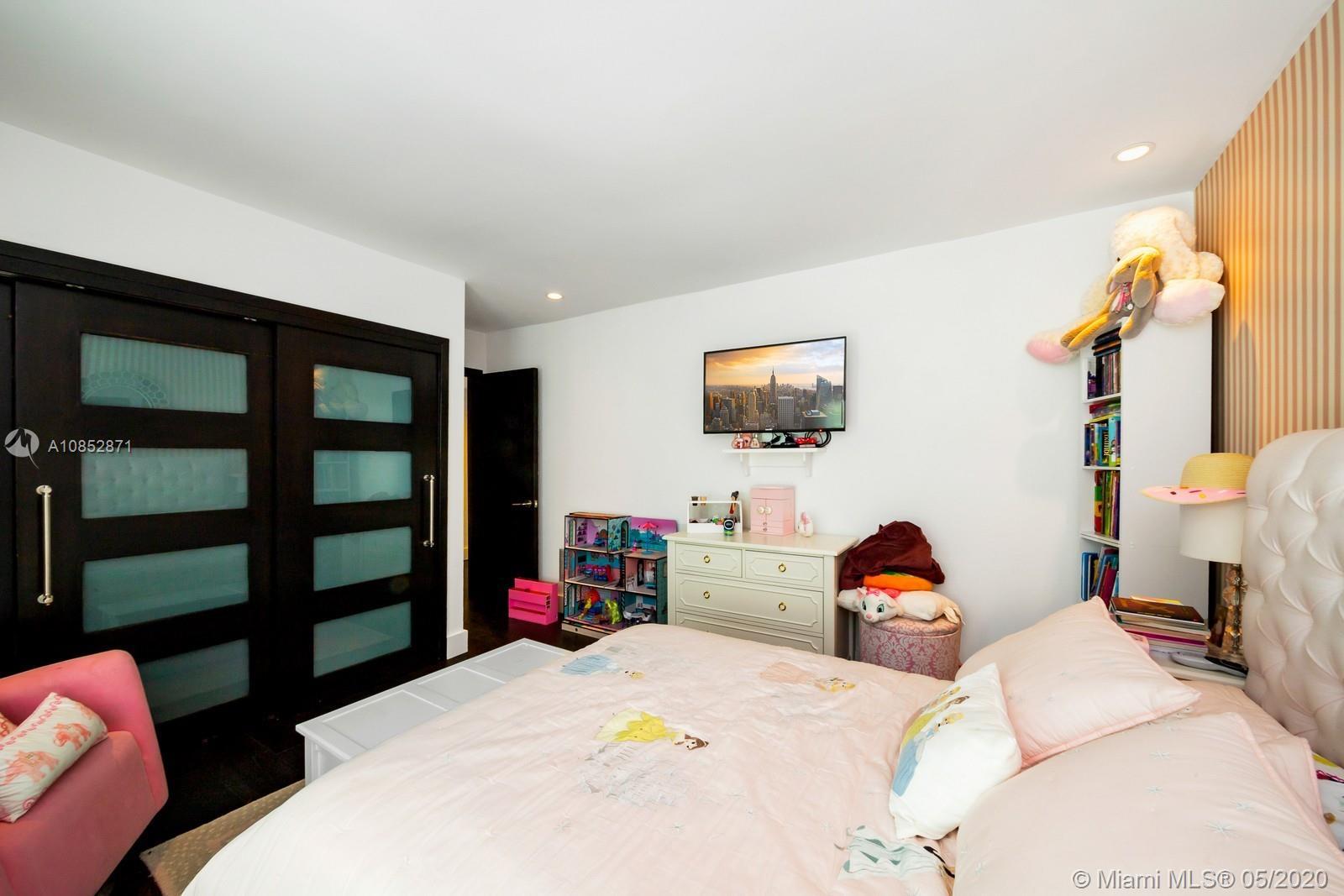 3868 Braganza Ave photo035