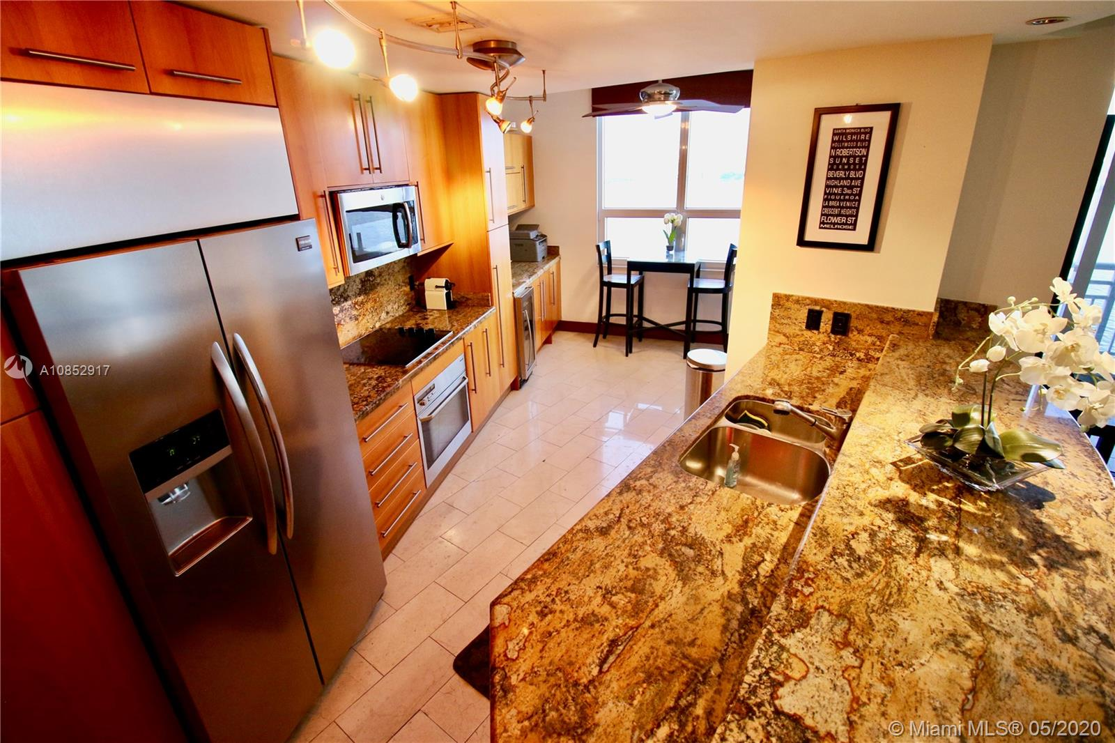 848 Brickell Key Dr #1202 photo03