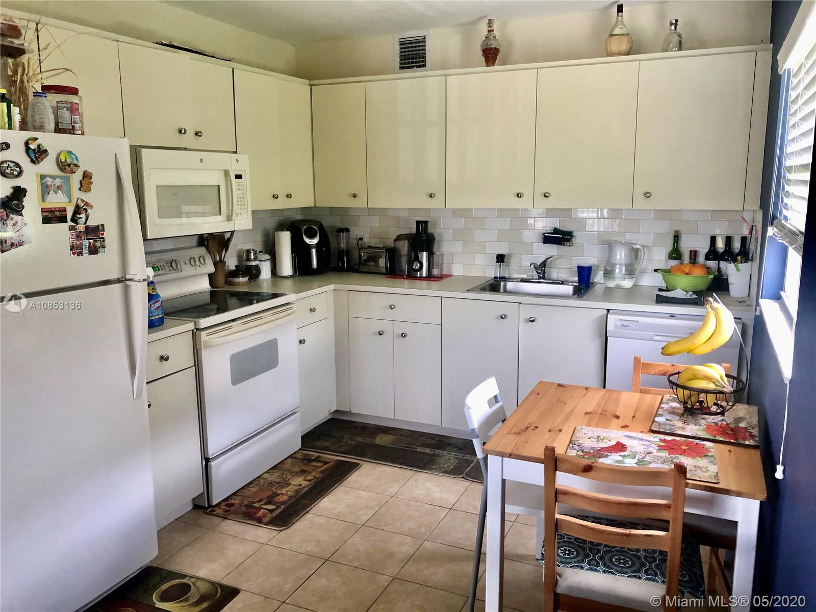 301 SW 135th Ave # 118C, Pembroke Pines, Florida 33027, 2 Bedrooms Bedrooms, ,2 BathroomsBathrooms,Residential,For Sale,301 SW 135th Ave # 118C,A10853136