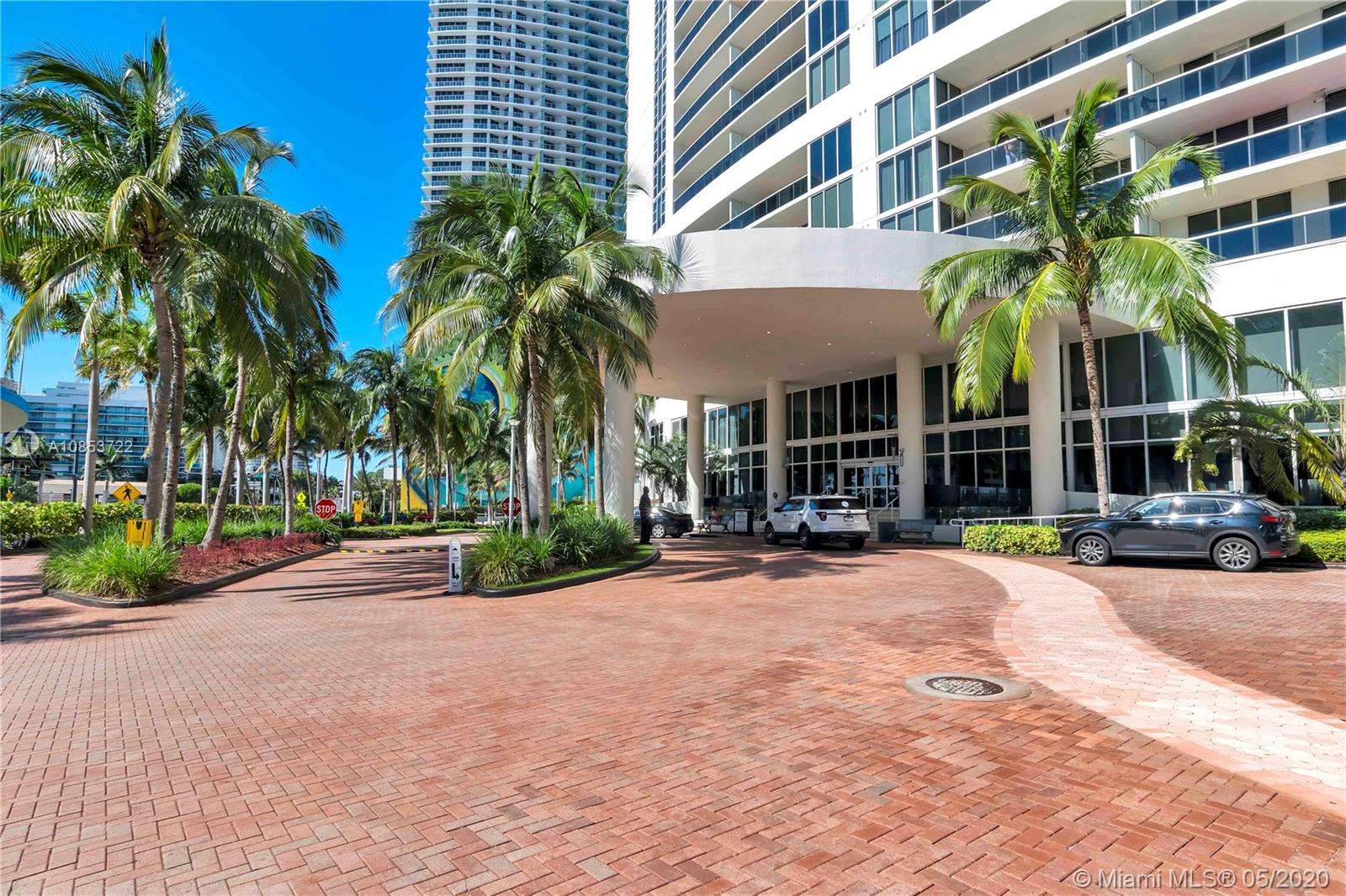Photo of 1800 S Ocean Dr #709 listing for Sale