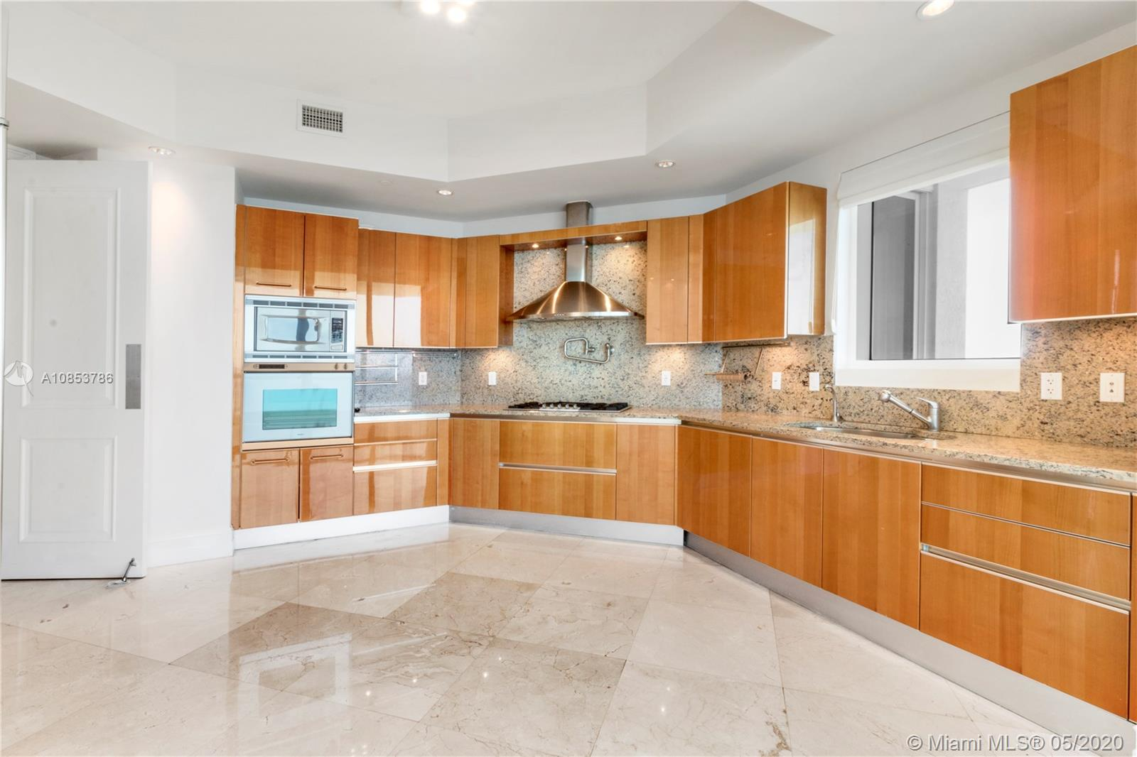 16047 Collins Ave #2701 photo013