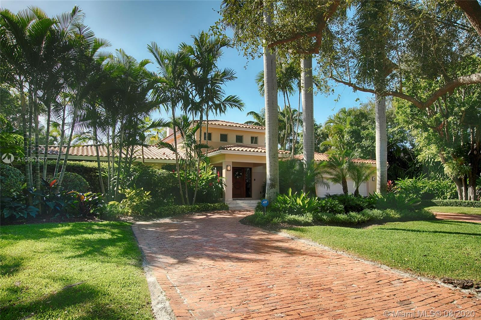 808 Jeronimo Dr, Coral Gables, Florida 33146, 4 Bedrooms Bedrooms, 2 Rooms Rooms,4 BathroomsBathrooms,Residential,For Sale,808 Jeronimo Dr,A10853887