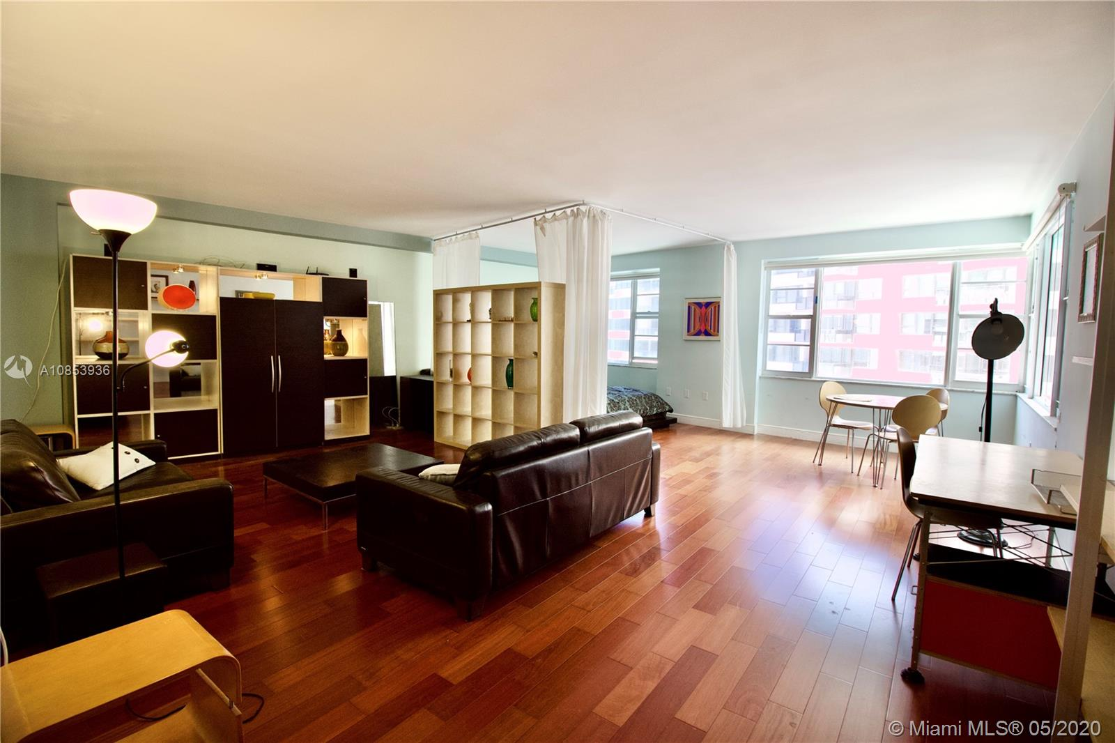 5255 Collins Ave #9B photo01