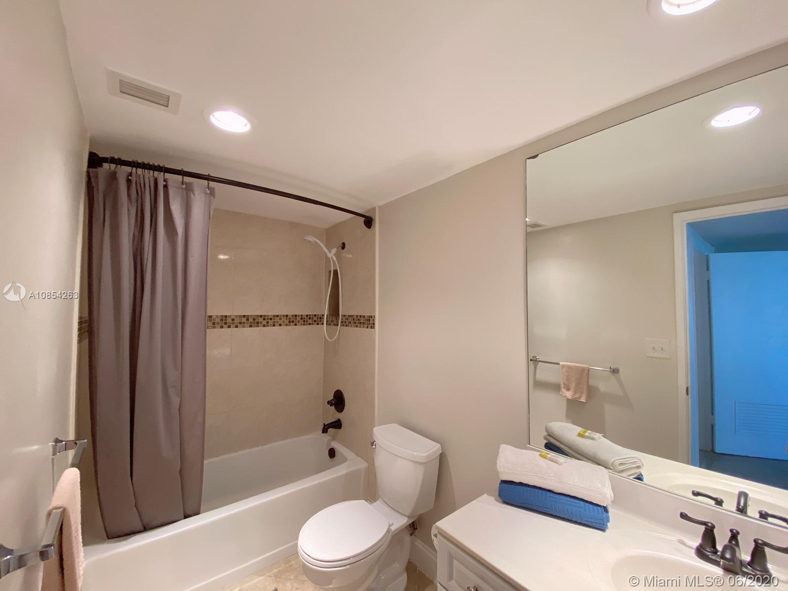 19370 Collins Ave #406 photo023