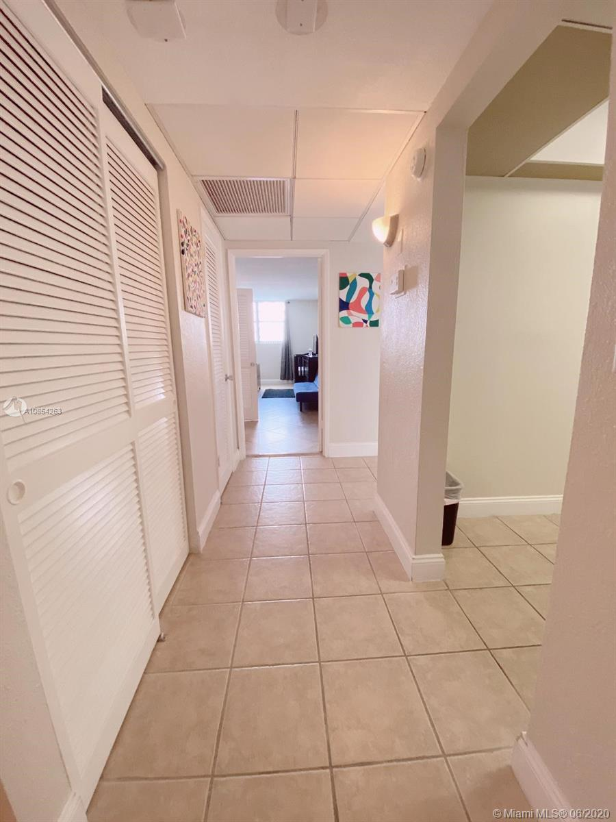 19370 Collins Ave #406 photo016