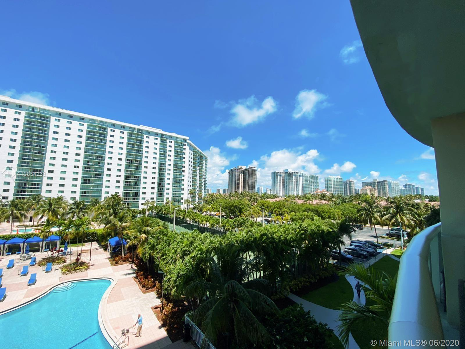 19370 Collins Ave #406 photo04