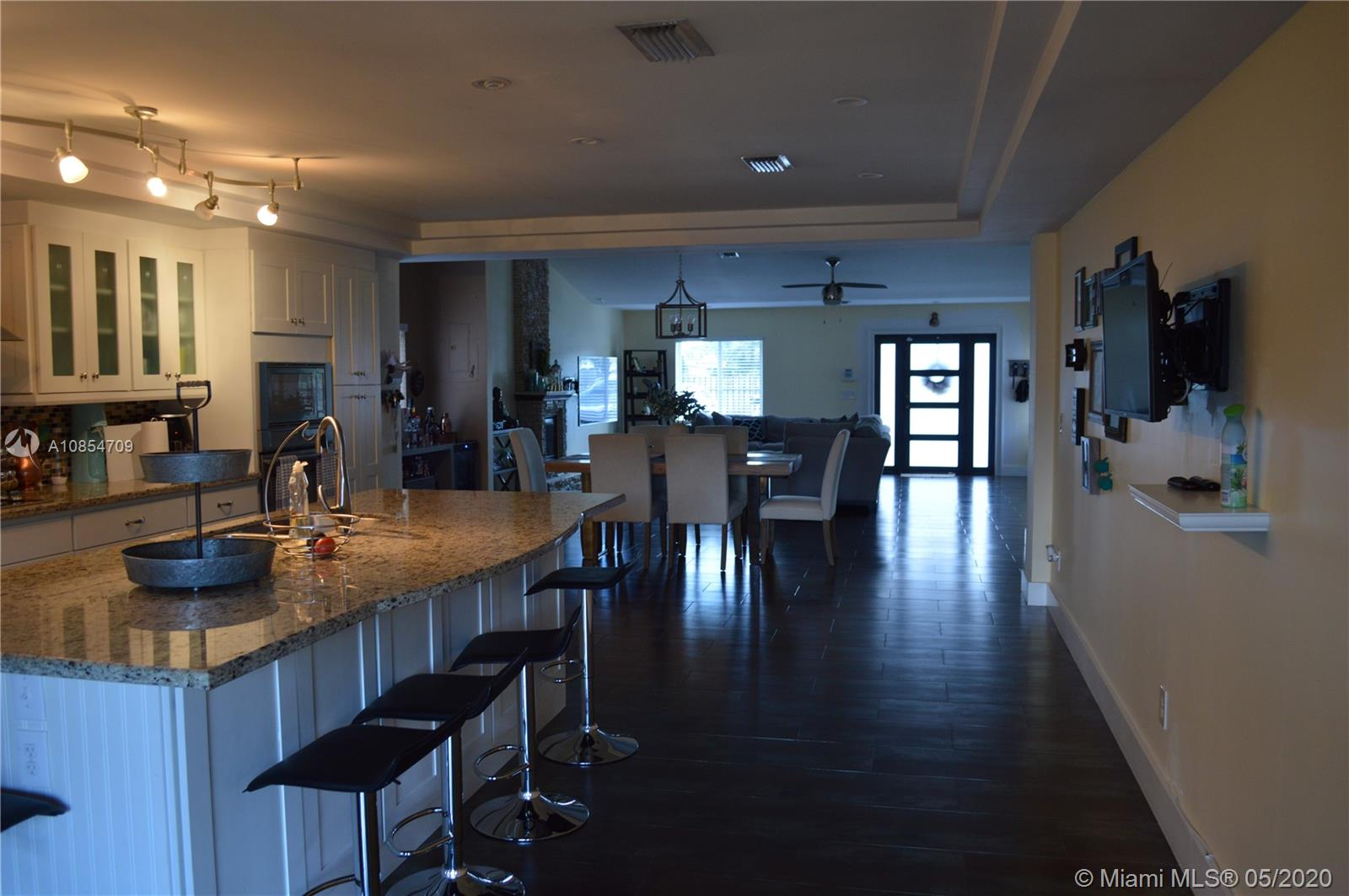 7812 Grand Canal Dr photo04