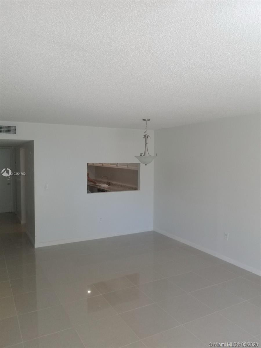 10000 NW 80th Ct # 2337, Hialeah Gardens, Florida 33016, 2 Bedrooms Bedrooms, ,2 BathroomsBathrooms,Residential,For Sale,10000 NW 80th Ct # 2337,A10854752