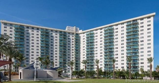 19370 Collins Ave #701 photo01