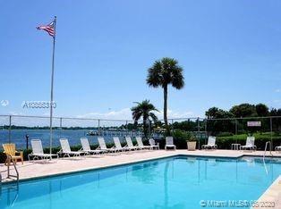 825 Center St # 2D, Jupiter, Florida 33458, 2 Bedrooms Bedrooms, ,3 BathroomsBathrooms,Residential,For Sale,825 Center St # 2D,A10855310