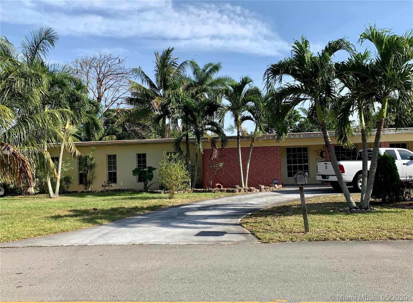 6900 SW 16th St, Pembroke Pines, Florida 33023, 5 Bedrooms Bedrooms, ,3 BathroomsBathrooms,Residential,For Sale,6900 SW 16th St,A10855536
