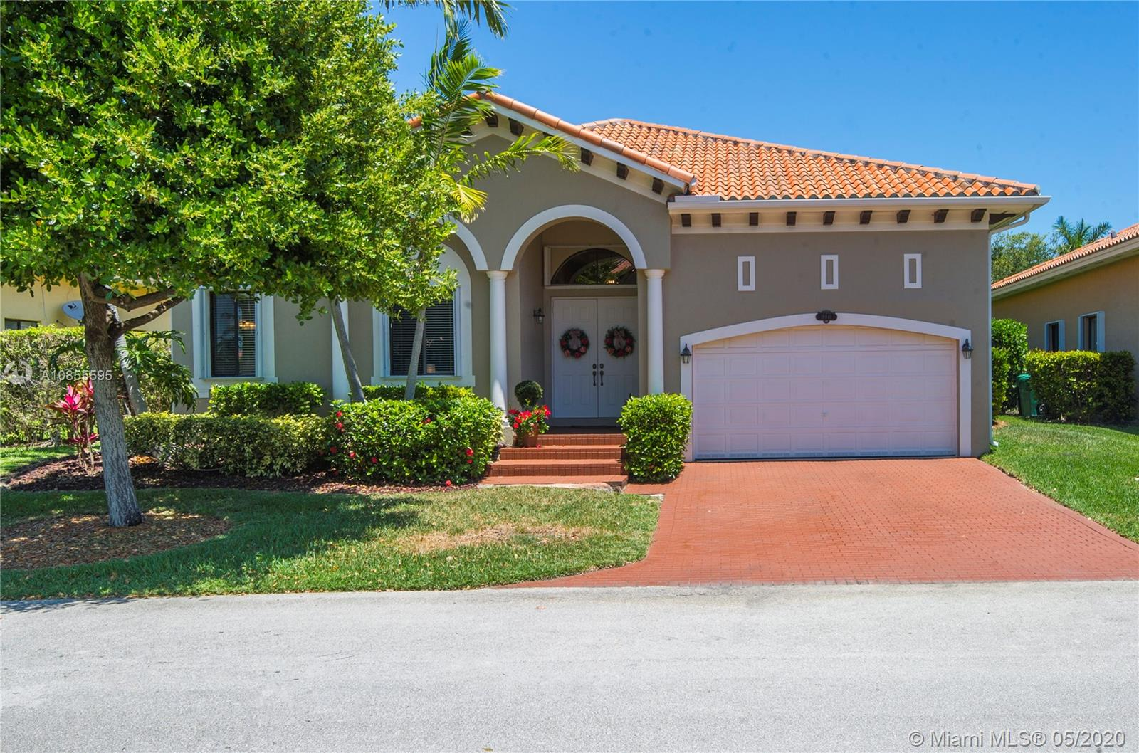 18841 SW 77th Ct, Cutler Bay, Florida 33157, 4 Bedrooms Bedrooms, ,4 BathroomsBathrooms,Residential,For Sale,18841 SW 77th Ct,A10855595