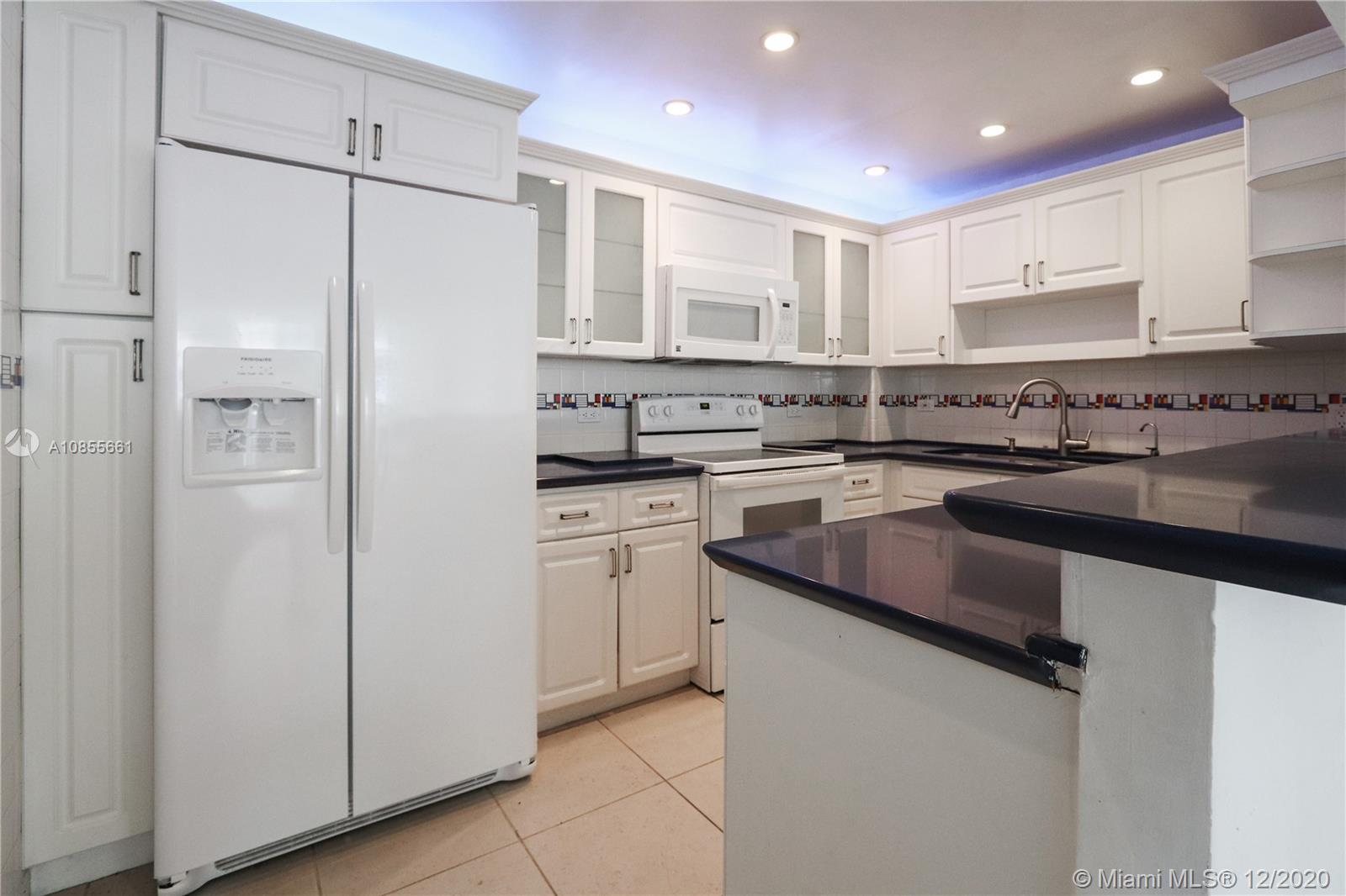 5005 Collins Ave #608 photo05