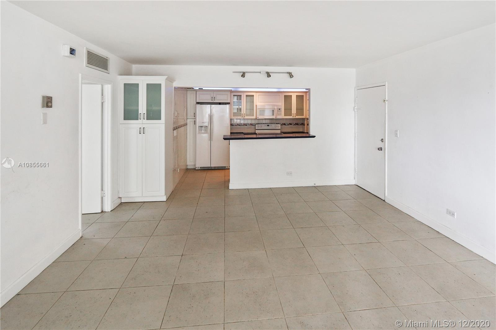 5005 Collins Ave #608 photo04