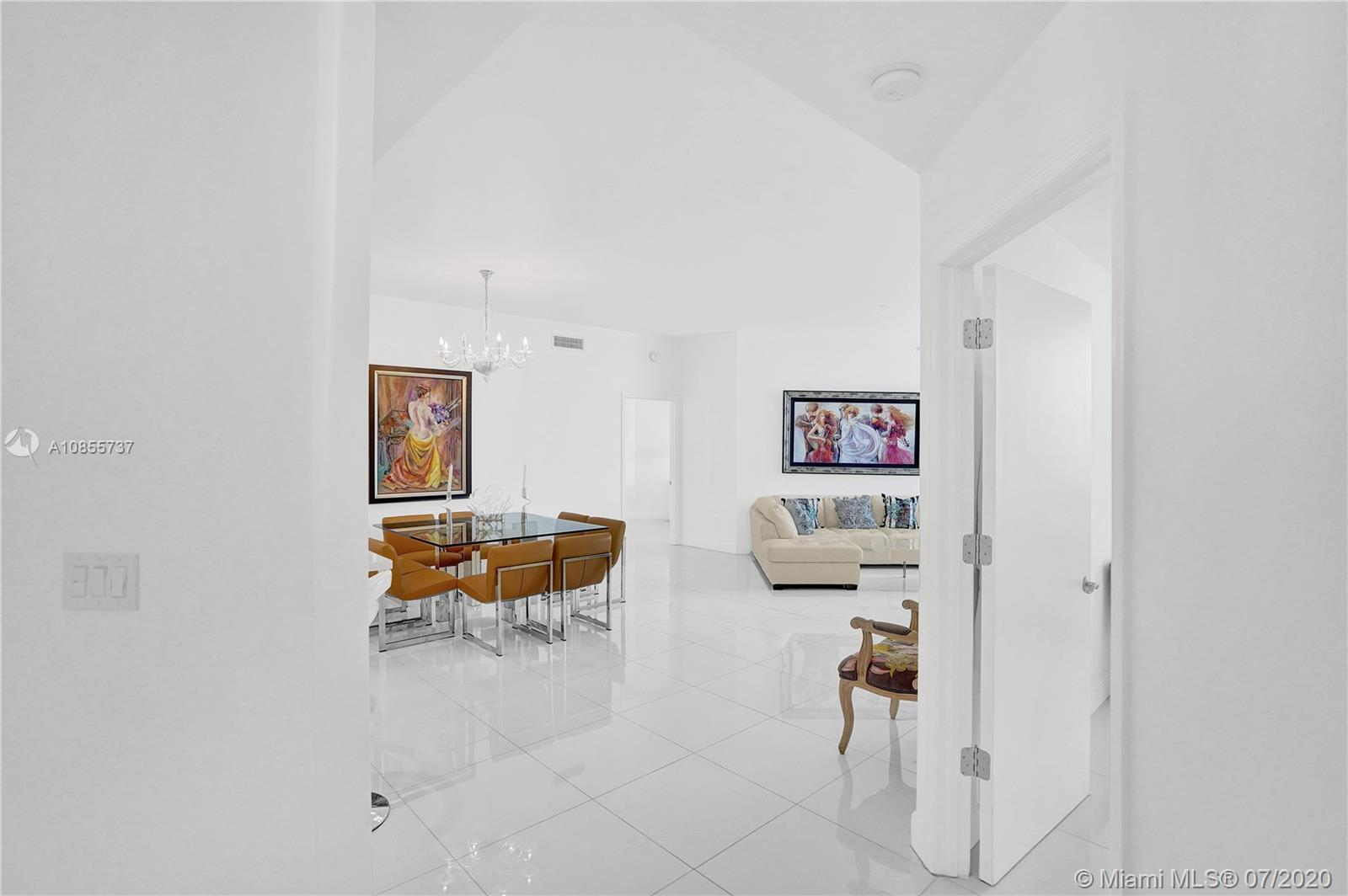 9559 Collins Ave #PH-D photo06